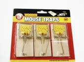 Pkt 3, wooden mouse traps*