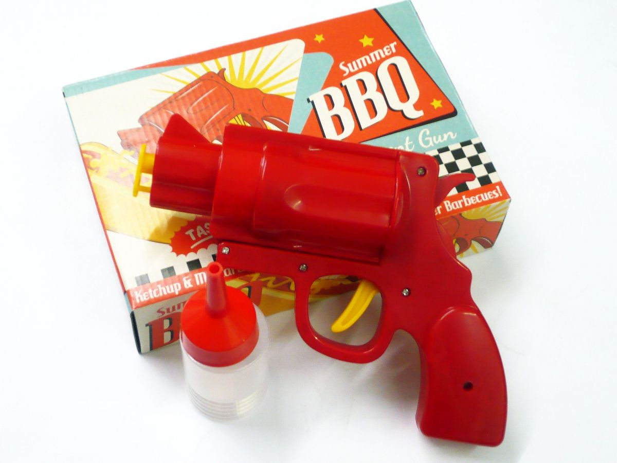 Bbq condiment gun (2x bottles)*